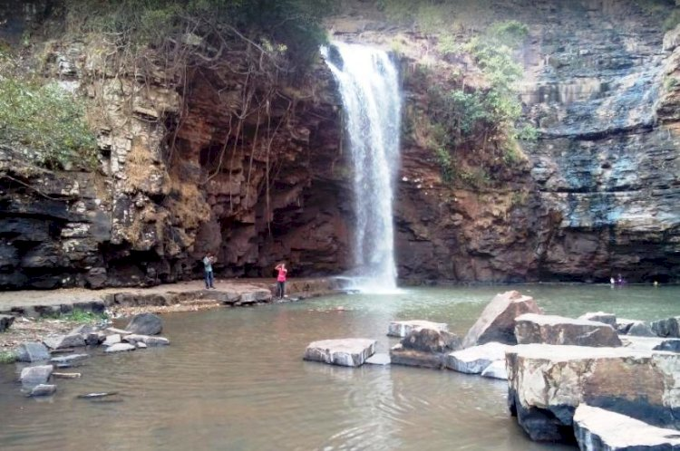 Tirathgarh waterfall, Jagdalpur