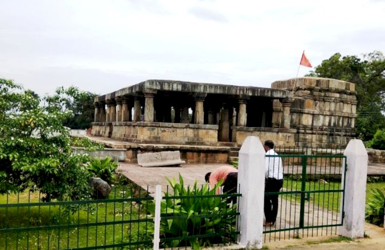 Battisa Temple, Barsur